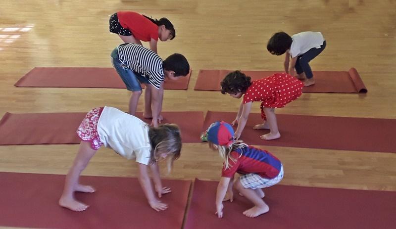 9ed54f254 Cuándo y por qué apuntar a los niños a yoga infantil