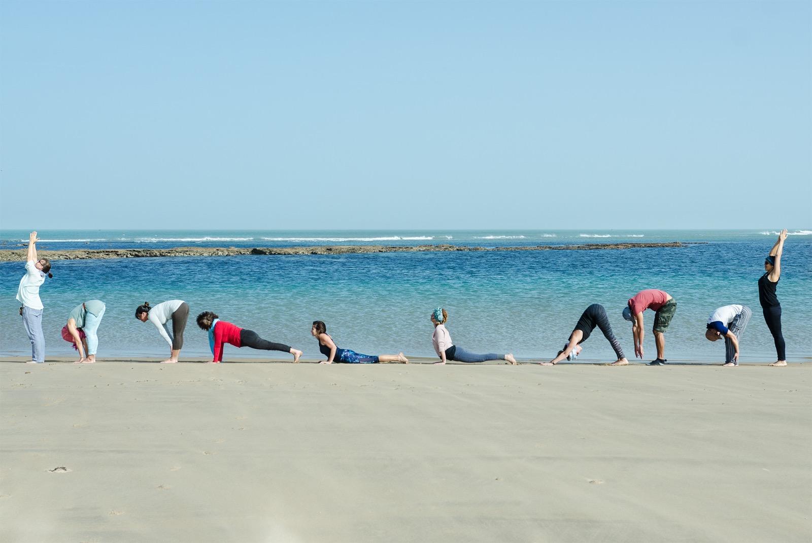 Saludo al Sol- Tarfaya-Yoga con Amba
